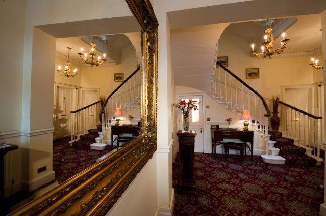 Entree van The Ben Doran Guest House in Edinburgh
