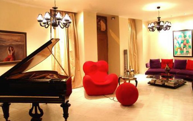 Lounge met piano van Art Athens in Athene