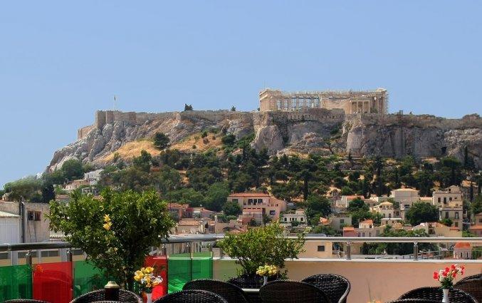 Dakterras met uitzicht van Hotel Attalos in Athene