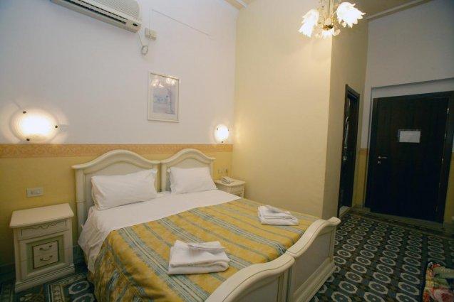Tweepersoonskamer van Hotel Desiree in Florence