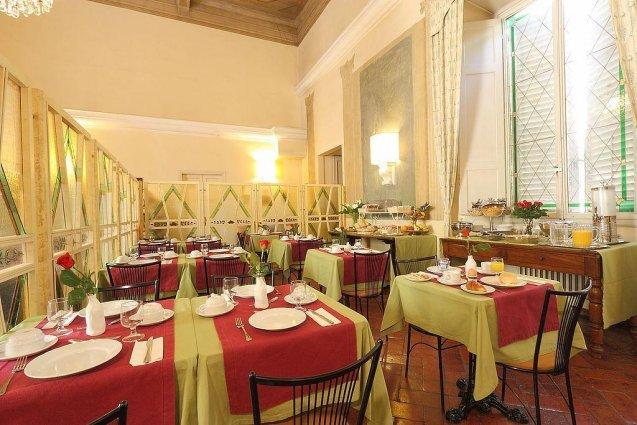 Ontbijtzaal van Hotel Annalena in Florence