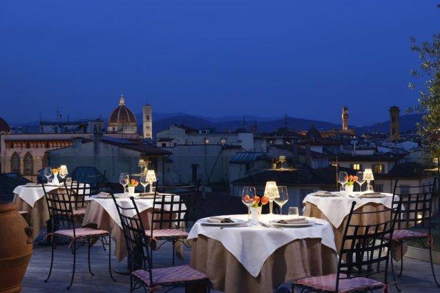 Dakterras met terras van Hotel Kraft in Florence