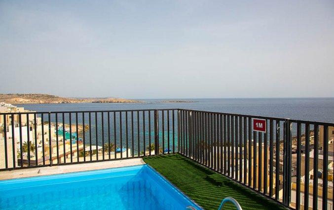 Zwembad van Relax Inn Malta