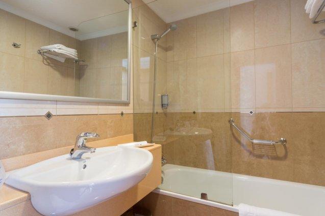 Badkamer van Hotel Diamar op Lanzarote