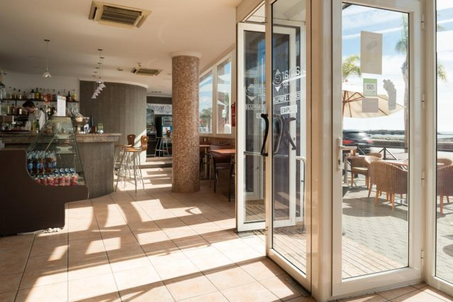 Ingang van Hotel Diamar op Lanzarote