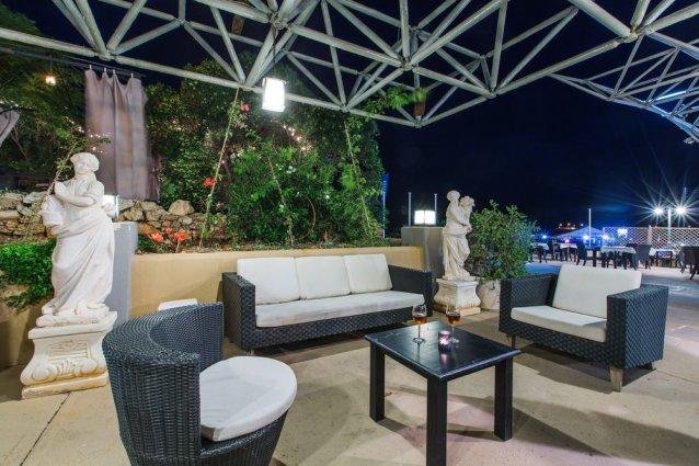 Loungeruimte bij Sunny Coast Resort in Malta