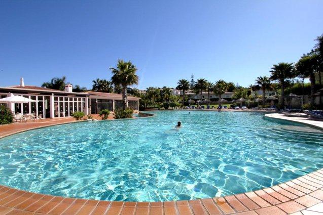 Het zwembad van Hotel Clube Mos Algarve