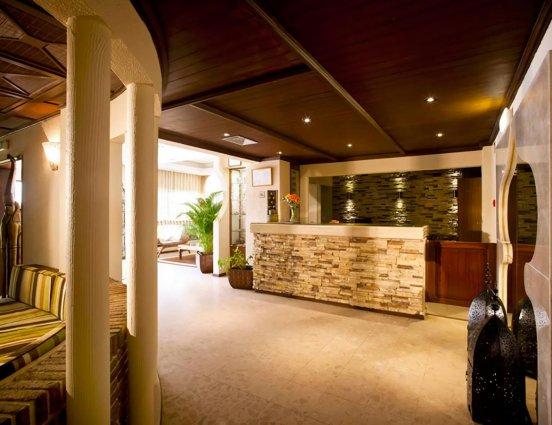 Balie van hotel Casablanca Inn inAlgarve