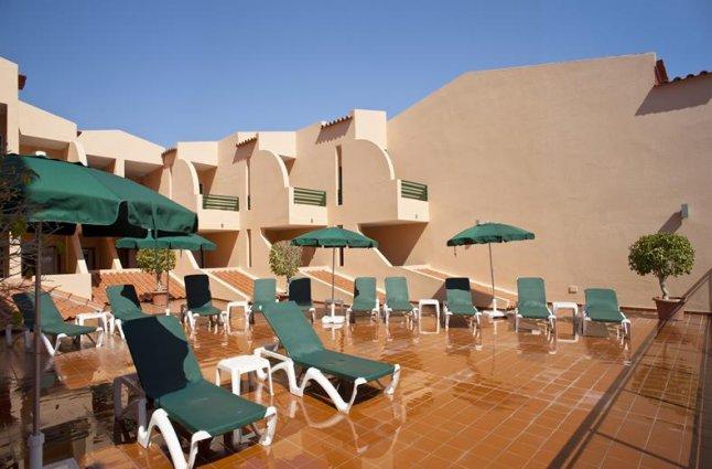 Terras van hotel Casablanca Inn inAlgarve