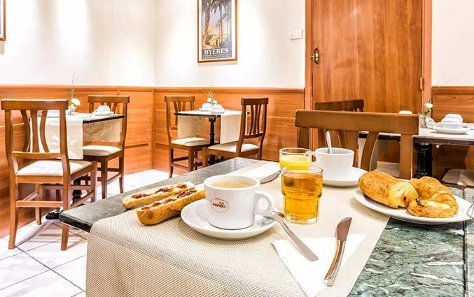 ontbijt van Hotel Univers Nice