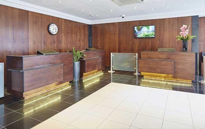 Receptie van Hotel Lancaster Gate in Londen