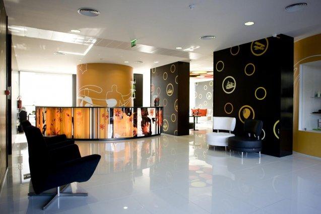 Receptie van hotel Star Inn Porto in Porto