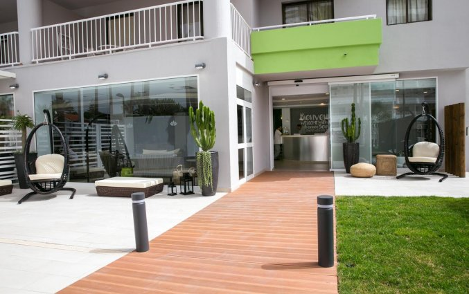 Ingang van Hotel THe Anamar Suite op Gran Canaria