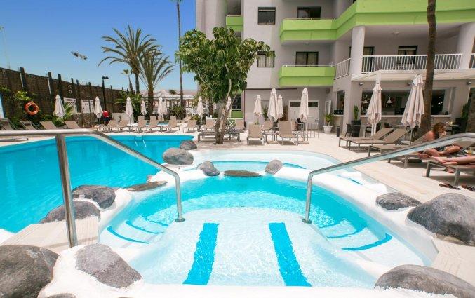 Zwembad van Hotel THe Anamar Suite op Gran Canaria