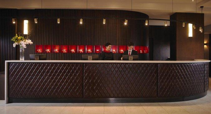 Receptie van Hotel Red Cow Moran in Dublin