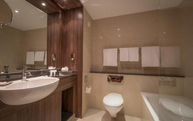 Badkamer van een tweepersoonskamer van Hotel Trinity City in Dublin