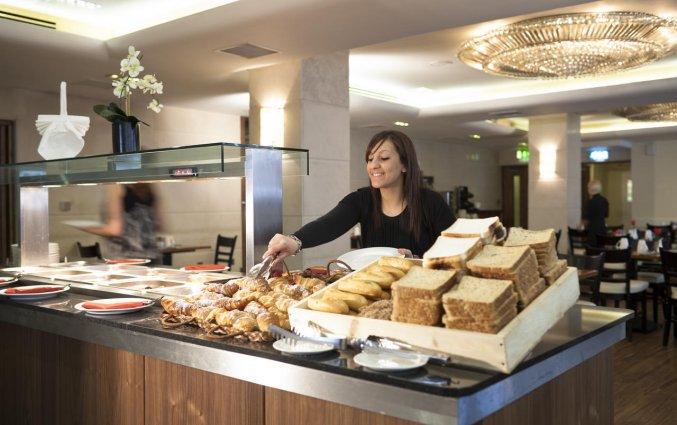 Ontbijtbuffet van Hotel Academy Plaza in Dublin