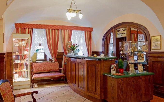 Receptie van Hotel Regent in Krakau