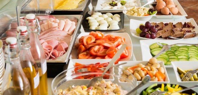 Ontbijtbuffet van Hotel Regent in Krakau
