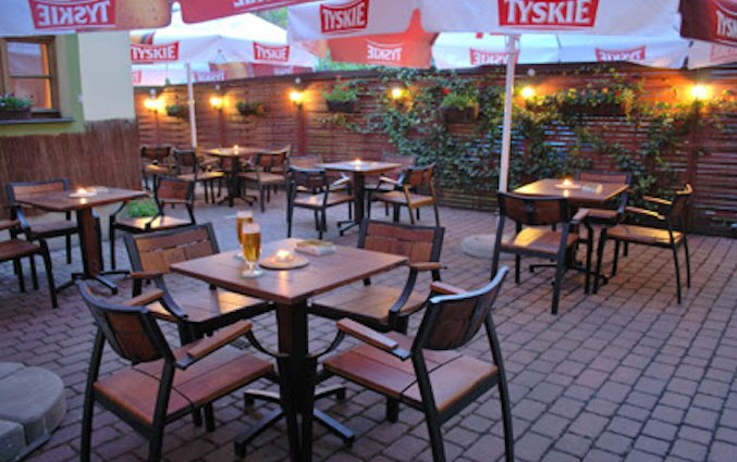 Terras van Hotel Regent in Krakau