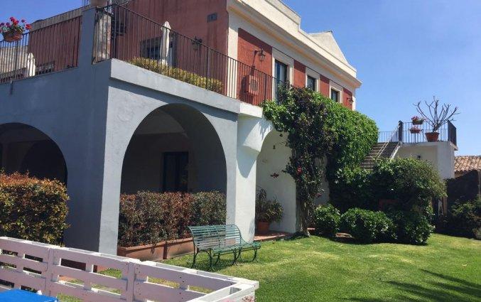 Gebouw van Hotel Etna op Sicilië