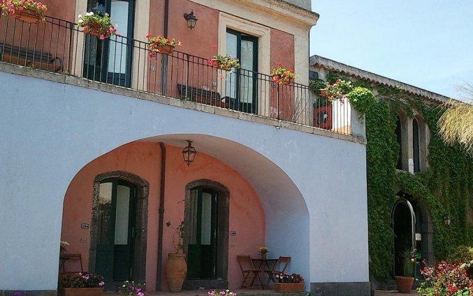 Ingang van Hotel Etna op Sicilië