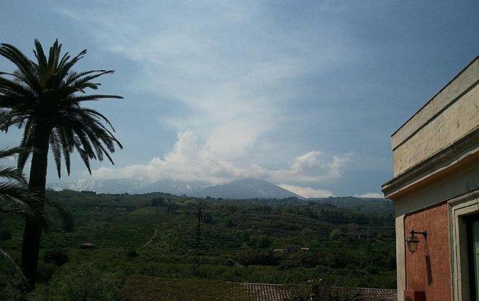 Uitzicht op Etna vanaf Hotel Etna op Sicilië