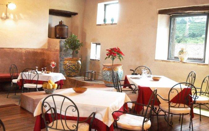 Eetzaal van Hotel Etna op Sicilië