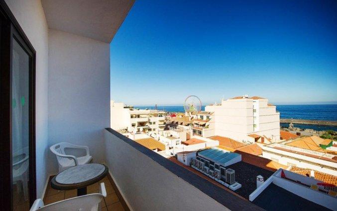 Uitzicht vanaf balkon van Hotel Marquesa op Tenerife
