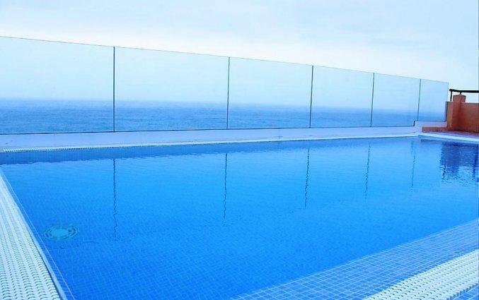 Zwembad met uitzicht op zee van Hotel Marquesa op Tenerife