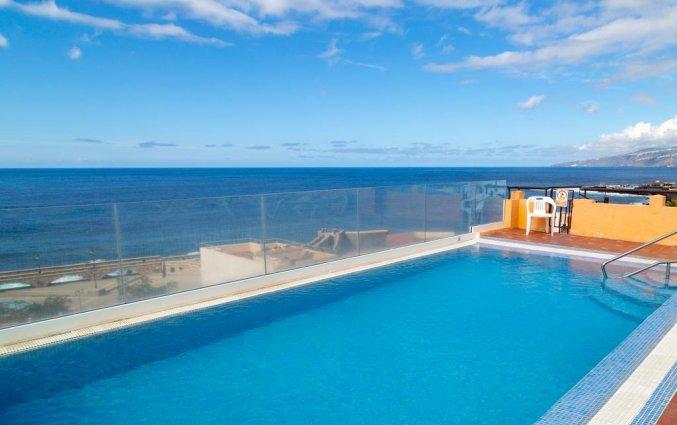 Zwembad met uitzicht van Hotel Marquesa op Tenerife