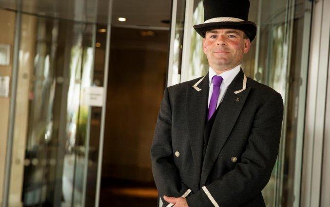 Portier van Hotel The Tower A Guoman in Londen