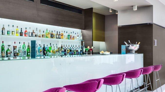 Bar van hotel Hilton Garden Inn Venice Mestre San Giuliano in Venetie