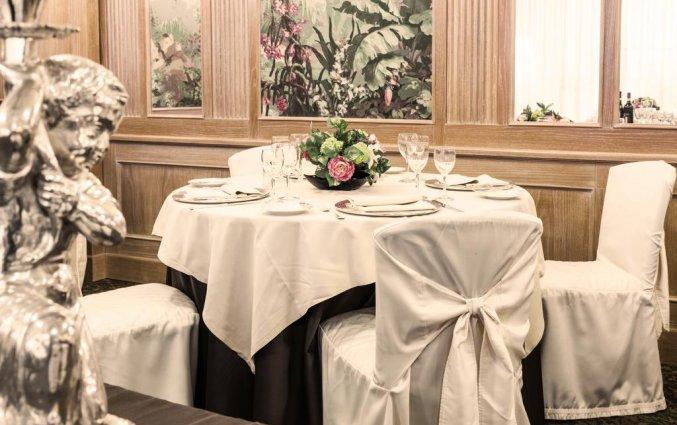 Ontbijtzaal van Grand Hotel ADI Doria in Milaan