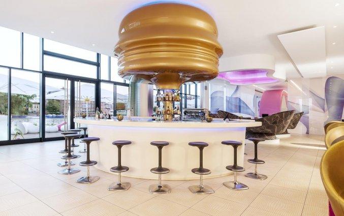 Bar van Hotel NHow in Berlijn