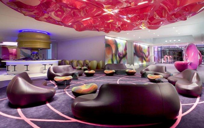Lounge van Hotel NHow in Berlijn