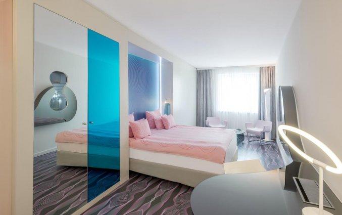 Tweepersoonskamer van Hotel NHow in Berlijn