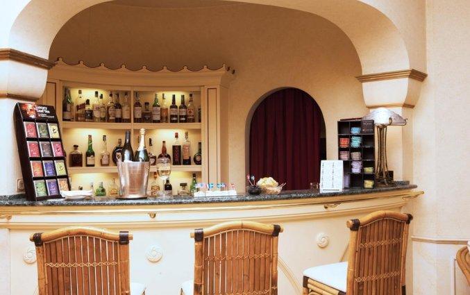 De bar van van Hotel iH Milano Regency Milaan Italië