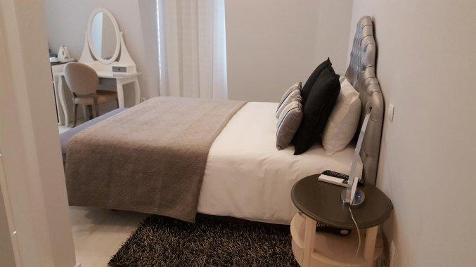Moderne tweepersoonskamer van Hotel Alcobia in Lissabon