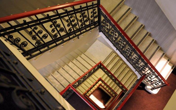 Trappen van Hotel IH Milano Ambasciatori Milaan