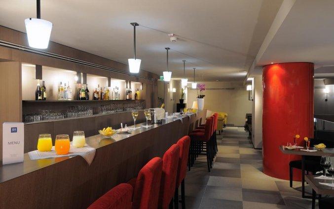 Bar van Hotel IH Milano Ambasciatori Milaan