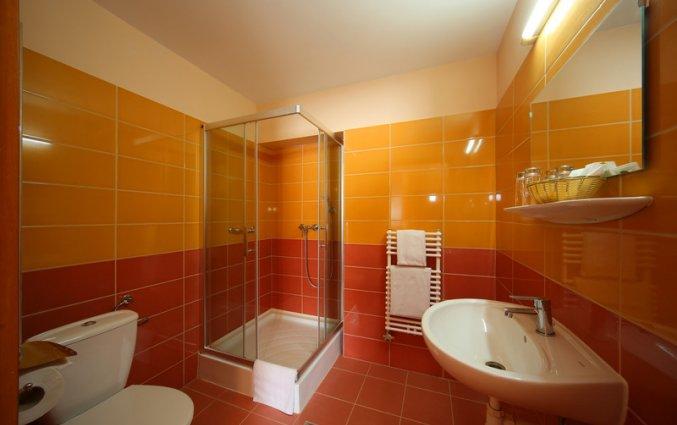 Badkamer van Hotel Six Inn Budapest
