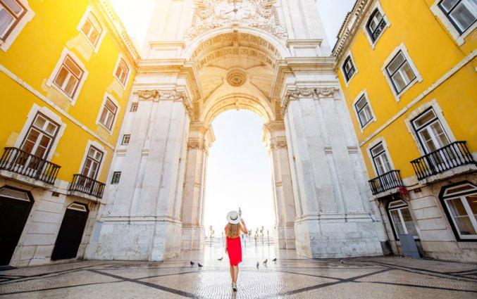 Lissabon - Vrouw Praça do Comércio