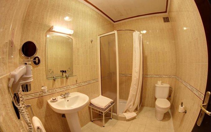 Badkamer van een tweepersoonskamer van Hotel Amani Appart in Marrakech