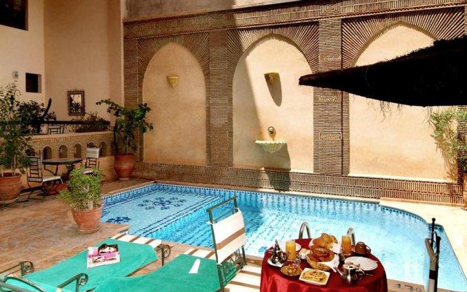 Zwembadje van Hotel Amani Appart in Marrakech