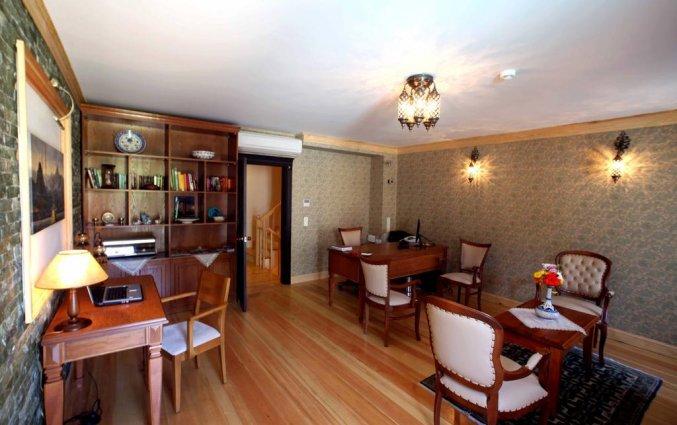 Lobby hotel Lallin stedentrip Istanbul