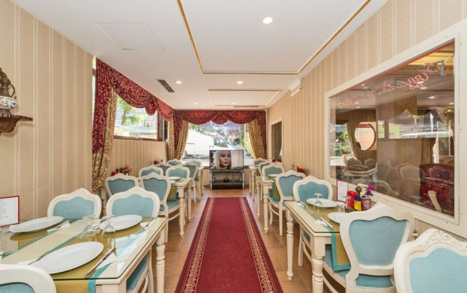 Ontbijtzaal van hotel Santa Sophia in Istanbul