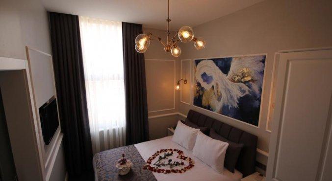 Tweepersoonskamer van Hotel Naumpasa Konagi in Istanbul
