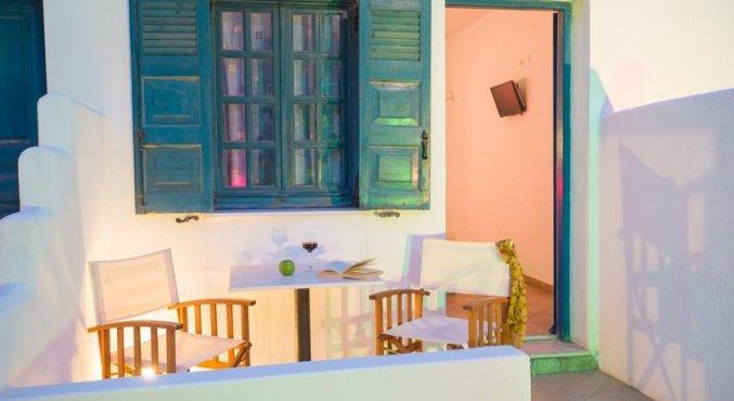 veranda van Hotel Iliada Santorini