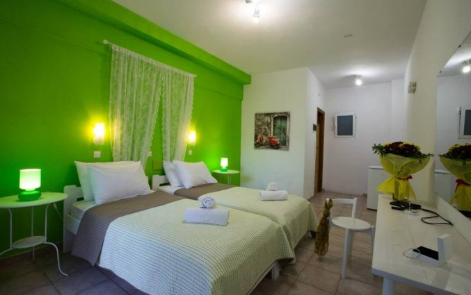 tweepersoonskamer van Hotel Iliada Santorini
